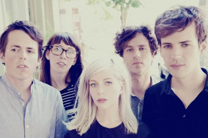 ALVVAYS ^can^ + MOON KING ^can^