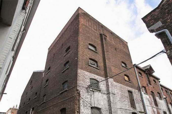 Nieuw proefproject in een oude brouwerij als werkplek voor artiesten