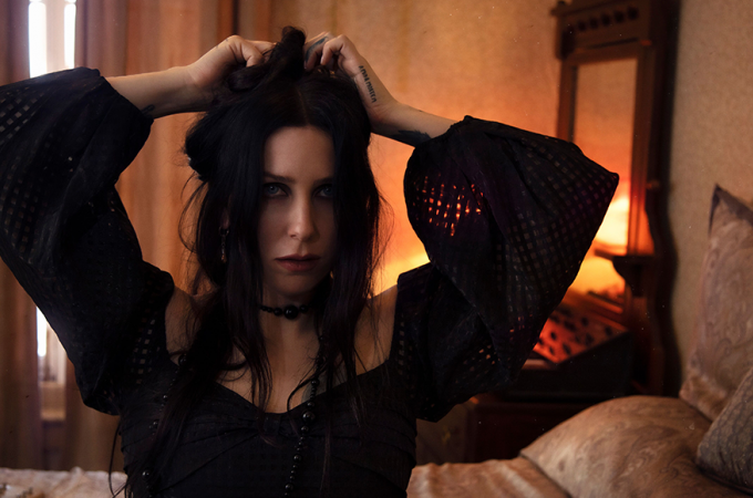 [+]CHELSEA WOLFE[+] - [-]'Birth Of Violence Acoustic'[-]