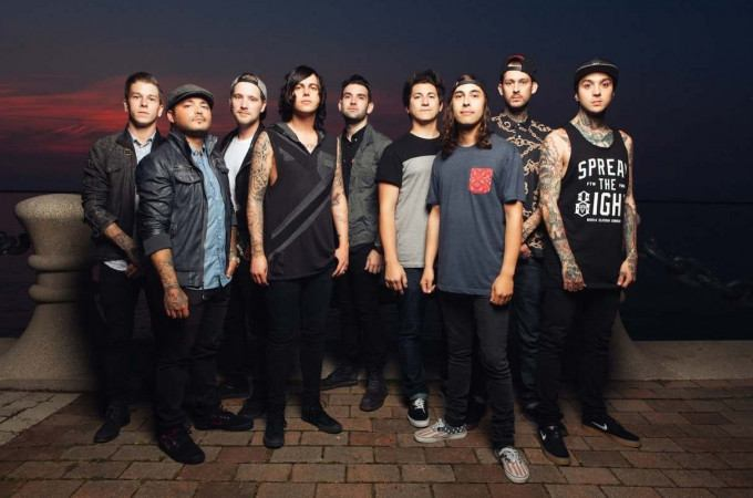 [+]SLEEPING WITH SIRENS ^us^[+] + PIERCE THE VEIL ^us^ [-]+ ISSUES ^us^[-]