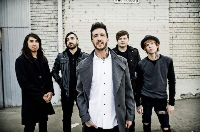[+]OF MICE & MEN ^us^[+] [-]+ CROWN THE EMPIRE ^us^ + HANDS LIKE HOUSES ^au^[-]