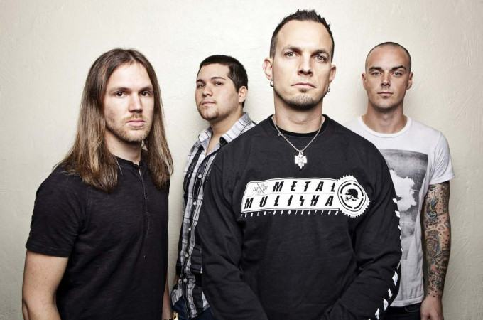[+]TREMONTI ^us^[+] [-]+ THE RAVEN AGE ^uk^[-]