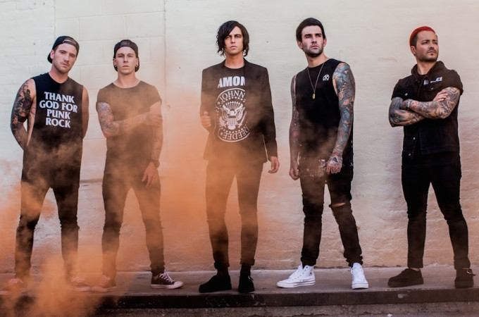 [+]SLEEPING WITH SIRENS ^us^[+]