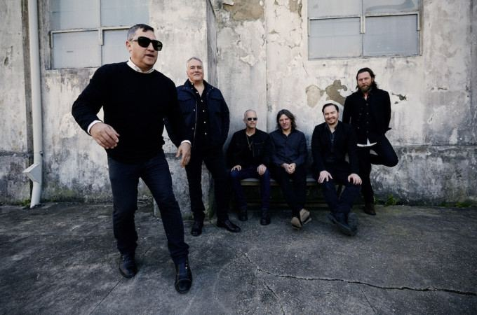 [+]THE AFGHAN WHIGS ^us^[+] [-]+ ED HARCOURT ^uk^[-]